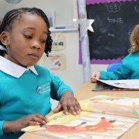 2,000 children run mass Readathon
