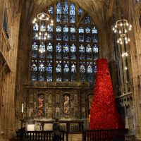 Gloucester Cathedral hosts GCHQ Poppyfall Cascade for WW1 Centenary